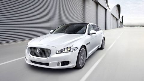 Tire, Wheel, Automotive design, Infrastructure, Headlamp, Grille, Automotive lighting, Rim, Automotive tire, Hood,