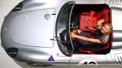 Motor vehicle, Automotive design, Fender, Bumper, Vehicle door, Hood, Performance car, Sports car, Machine, Race car,