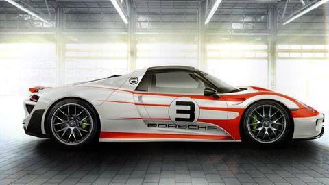 Tire, Wheel, Automotive design, Vehicle, Alloy wheel, Automotive exterior, Spoke, Rim, Performance car, Car,
