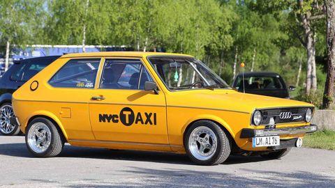 Tire, Wheel, Vehicle, Yellow, Land vehicle, Automotive design, Classic car, Car, Rim, Automotive parking light,