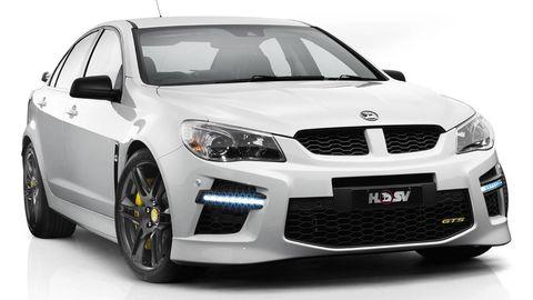 Tire, Motor vehicle, Wheel, Automotive design, Daytime, Vehicle, Automotive lighting, Land vehicle, Rim, Headlamp,