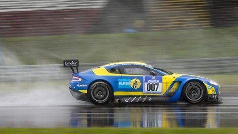 Tire, Wheel, Automotive design, Vehicle, Motorsport, Race track, Car, Sport venue, Sports car racing, Rallying,