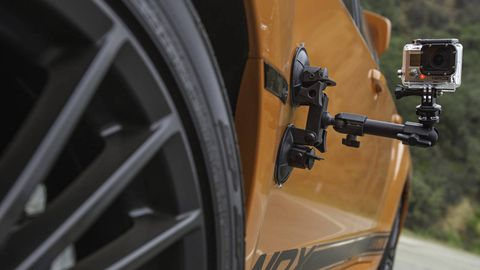 Automotive tire, Automotive design, Alloy wheel, Rim, Automotive wheel system, Fender, Tread, Spoke, Synthetic rubber, Auto part,