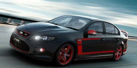 Tire, Wheel, Motor vehicle, Automotive design, Automotive tire, Rim, Car, Alloy wheel, Red, Automotive wheel system,