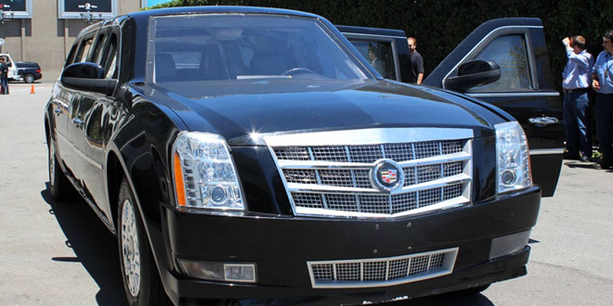 driving a fake presidential limo driving a hollywood. Black Bedroom Furniture Sets. Home Design Ideas