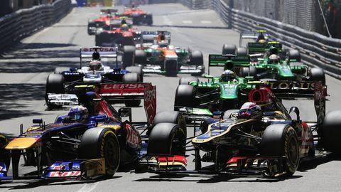 Automotive tire, Automotive design, Open-wheel car, Formula one tyres, Automotive wheel system, Motorsport, Formula one, Formula one car, Car, Formula racing,