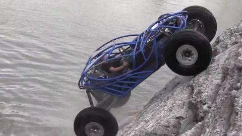 Tire, Wheel, Automotive tire, Blue, Automotive wheel system, Auto part, Sand, Tread, Synthetic rubber, Rim,