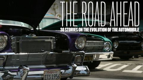Motor vehicle, Mode of transport, Automotive exterior, Vehicle, Grille, Automotive design, Automotive parking light, Hood, Classic car, Car,