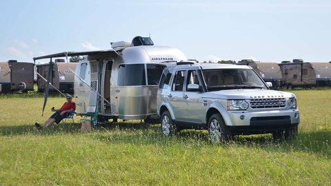 Vehicle, Transport, Land vehicle, Automotive parking light, Automotive tire, Car, Fender, Bumper, Sport utility vehicle, Rim,
