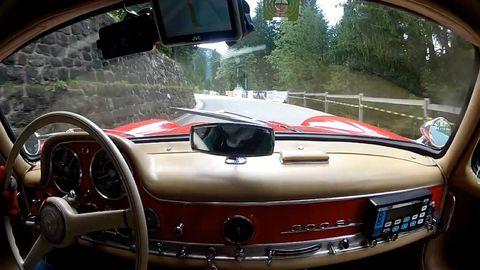 Motor vehicle, Automotive mirror, Mode of transport, Automotive design, Vehicle, Automotive tail & brake light, Automotive lighting, Automotive exterior, Car, Rear-view mirror,