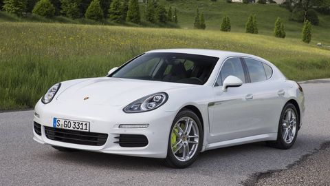 Wheel, Tire, Automotive design, Vehicle, Rim, Alloy wheel, Car, Performance car, Fender, Porsche panamera,
