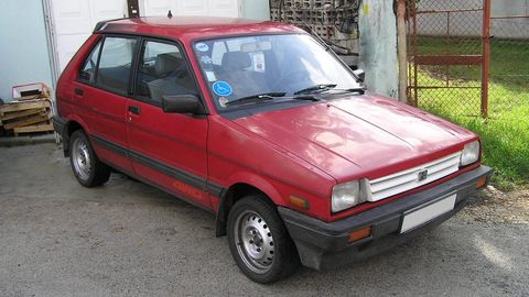 Tire, Wheel, Motor vehicle, Automotive design, Vehicle, Land vehicle, Car, Vehicle door, Automotive parking light, Rim,