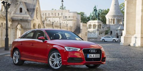 Tire, Wheel, Mode of transport, Automotive design, Vehicle, Land vehicle, Car, Vehicle registration plate, Grille, Audi,