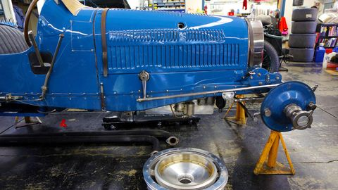 Motor vehicle, Blue, Transport, Electric blue, Machine, Engineering, Gas, Majorelle blue, Cobalt blue, Auto part,