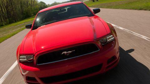 Motor vehicle, Automotive design, Vehicle, Automotive mirror, Hood, Automotive lighting, Automotive exterior, Land vehicle, Grille, Car,