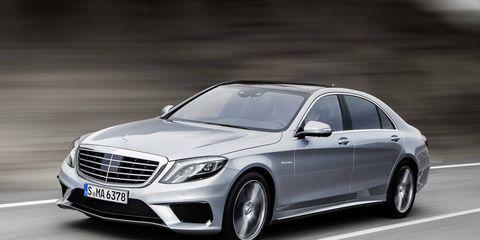 Automotive design, Vehicle, Car, Mercedes-benz, Rim, Grille, Spoke, Automotive lighting, Alloy wheel, Personal luxury car,