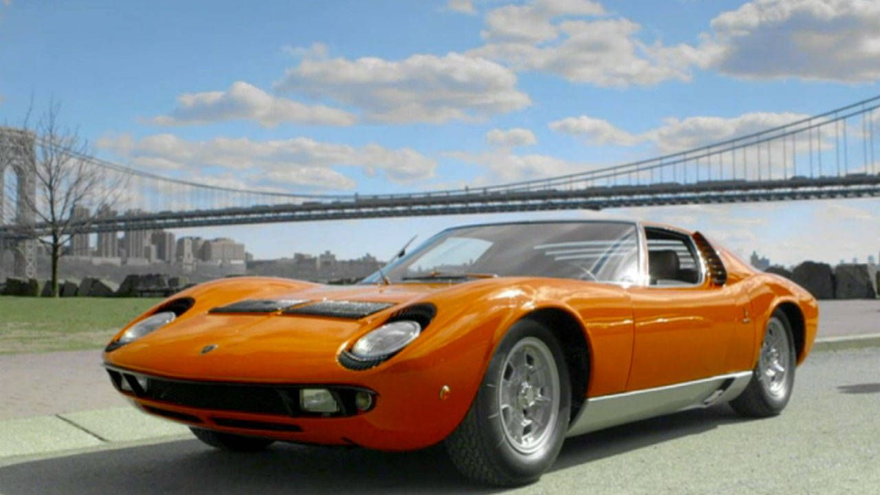 Jerry Seinfeld and Chris Rock get busted in a Lamborghini Miura