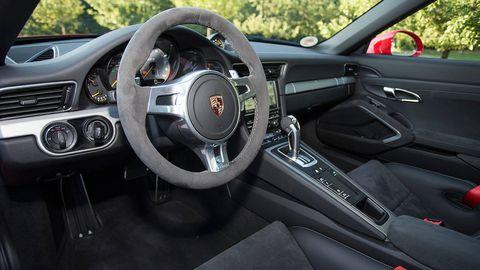 Motor vehicle, Steering part, Mode of transport, Steering wheel, Vehicle, Automotive design, Transport, Automotive mirror, Speedometer, Center console,