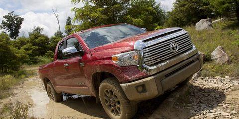 Motor vehicle, Tire, Wheel, Vehicle, Land vehicle, Automotive design, Automotive exterior, Automotive tire, Pickup truck, Landscape,