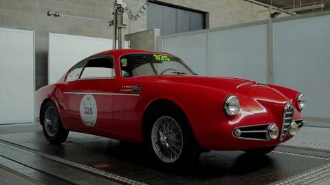 Tire, Wheel, Mode of transport, Vehicle, Land vehicle, Automotive design, Automotive tire, Transport, Classic car, Car,