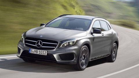 Wheel, Mode of transport, Automotive design, Vehicle, Car, Grille, Rim, Mercedes-benz, Alloy wheel, Personal luxury car,