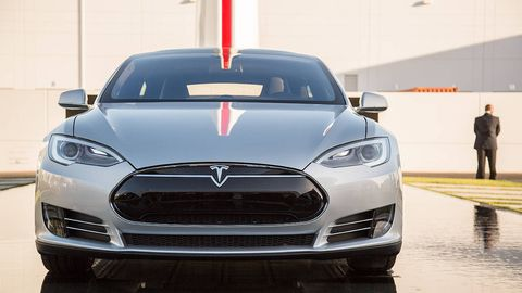 Automotive design, Product, Vehicle, Grille, Headlamp, Car, Glass, Hood, Mid-size car, Logo,