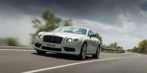 Mode of transport, Automotive design, Road, Grille, Car, Automotive mirror, Bentley, Performance car, Personal luxury car, Luxury vehicle,