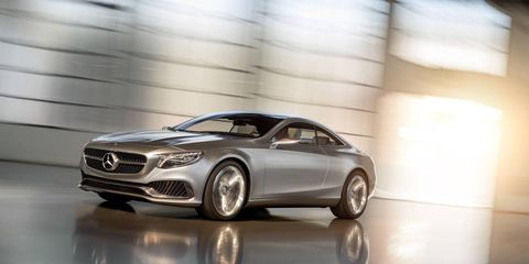 Tire, Wheel, Mode of transport, Automotive design, Transport, Vehicle, Car, Automotive lighting, Grille, Rim,