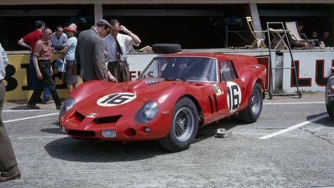 Vehicle, Land vehicle, Car, Hat, Motorsport, Race car, Fender, Performance car, Classic car, Sports car,