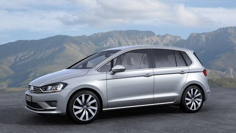 The Third Model In Volkswagen S New Golf Range Will Be Most Practical To Unveiled At Frankfurt Motor Show On Tuesday Sportsvan Carries