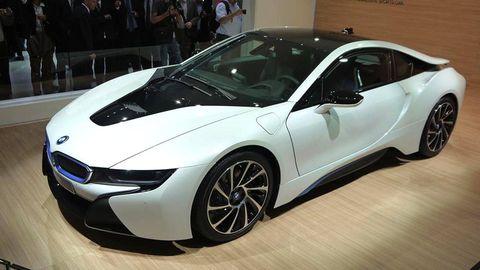 Wheel, Tire, Automotive design, Vehicle, Event, Land vehicle, Car, Fender, Sports car, Personal luxury car,