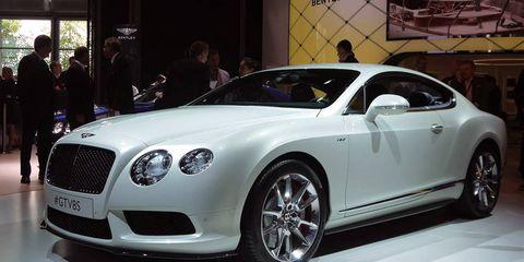 Tire, Automotive design, Vehicle, Land vehicle, Car, White, Personal luxury car, Fender, Bentley, Rim,