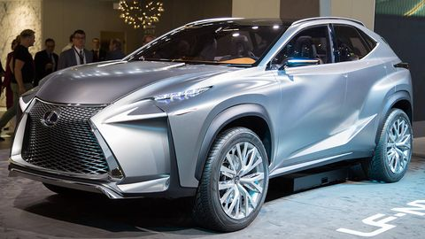 Tire, Wheel, Automotive design, Vehicle, Automotive tire, Event, Land vehicle, Car, Alloy wheel, Rim,