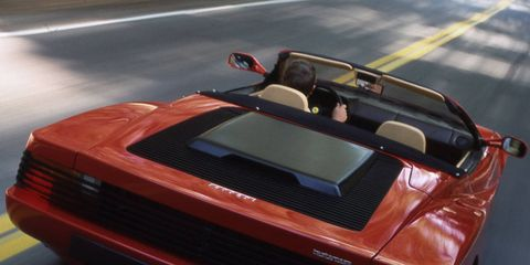 Mode of transport, Automotive design, Vehicle, Automotive exterior, Performance car, Car, Sports car, Asphalt, Supercar, Hood,