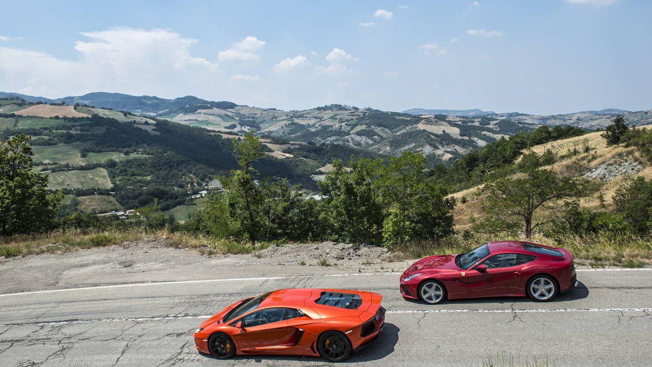 Ferrari f12 vs aventador