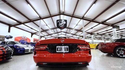 Motor vehicle, Automotive design, Vehicle, Land vehicle, Automotive lighting, Automotive exterior, Automotive tail & brake light, Automotive parking light, Car, Full-size car,
