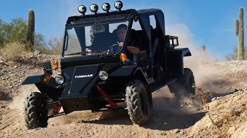 Automotive design, Natural environment, Sand, Automotive tire, Soil, Automotive exterior, Off-road vehicle, Fender, Outdoor recreation, Off-roading,