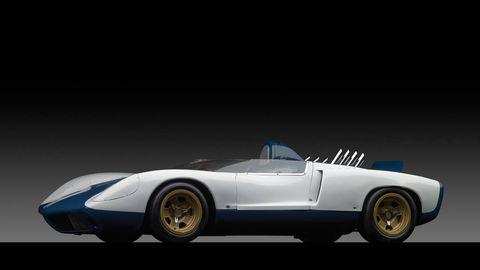 Tire, Wheel, Automotive design, Vehicle, Automotive wheel system, Automotive tire, Car, Automotive lighting, Fender, Rim,