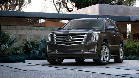 Motor vehicle, Vehicle, Transport, Automotive lighting, Rim, Car, Glass, Grille, Headlamp, Automotive exterior,