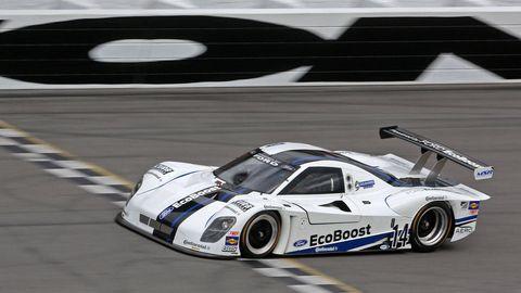 Tire, Wheel, Mode of transport, Automotive design, Vehicle, Motorsport, Car, Race track, Auto racing, Racing,