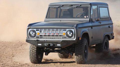 Tire, Wheel, Automotive design, Automotive tire, Vehicle, Automotive exterior, Land vehicle, Transport, Car, Rim,