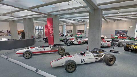Tire, Wheel, Automotive tire, Automotive design, Open-wheel car, Automotive wheel system, Vehicle, Formula one tyres, Rim, Formula one,