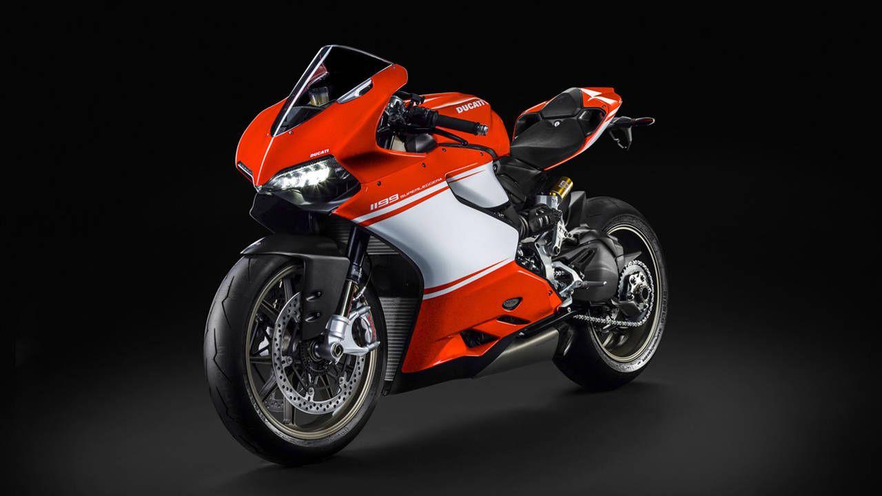 Ducati unveils 1199 Superleggera