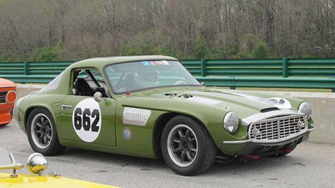 Tire, Wheel, Vehicle, Automotive design, Car, Classic car, Grille, Headlamp, Sports car, Logo,