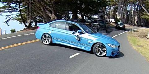 Tire, Wheel, Mode of transport, Road, Vehicle, Land vehicle, Alloy wheel, Rim, Automotive design, Car,