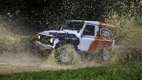 Tire, Wheel, Automotive tire, Automotive design, Automotive exterior, Hood, Off-road vehicle, Auto part, Tread, Fender,
