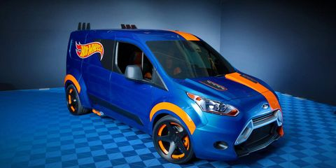 Motor vehicle, Wheel, Tire, Mode of transport, Automotive design, Blue, Automotive mirror, Transport, Vehicle, Land vehicle,