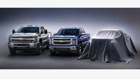 Automotive design, Vehicle, Land vehicle, Automotive exterior, Grille, Automotive tire, Automotive lighting, Hood, Car, Bumper,