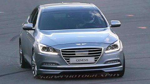 Mode of transport, Automotive design, Vehicle, Automotive mirror, Land vehicle, Transport, Car, Grille, Hood, Headlamp,