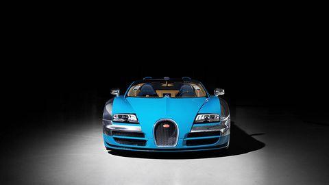 Automotive design, Hood, Grille, Headlamp, Automotive exterior, Automotive mirror, Bumper, Automotive lighting, Electric blue, Performance car,